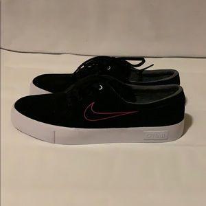New Nike SB x O'Neill shoes size 11.5